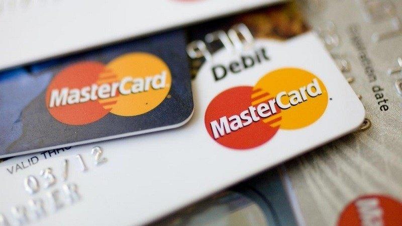 master-card-facebook